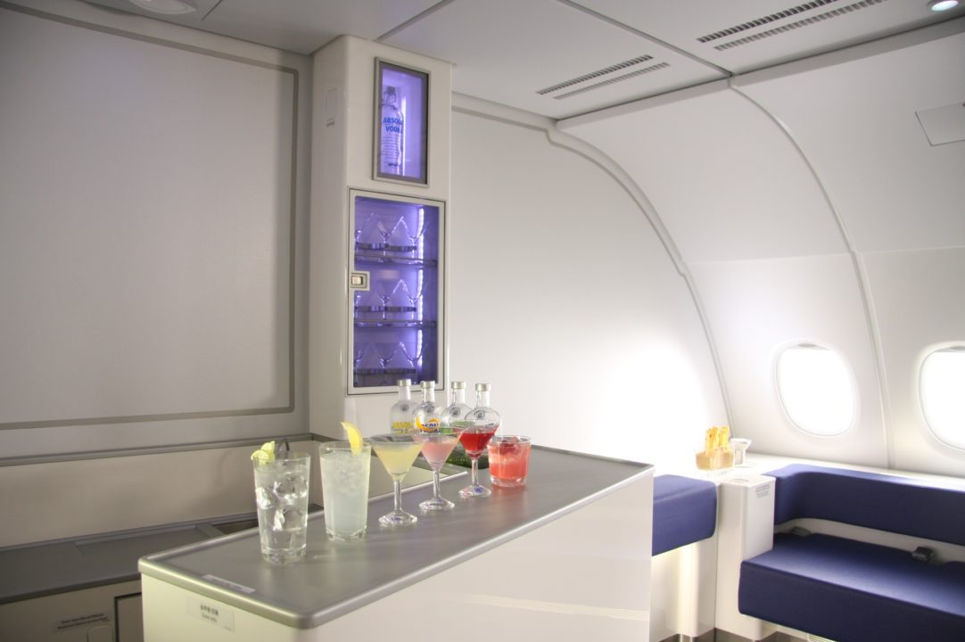 Bar Lounge des A380