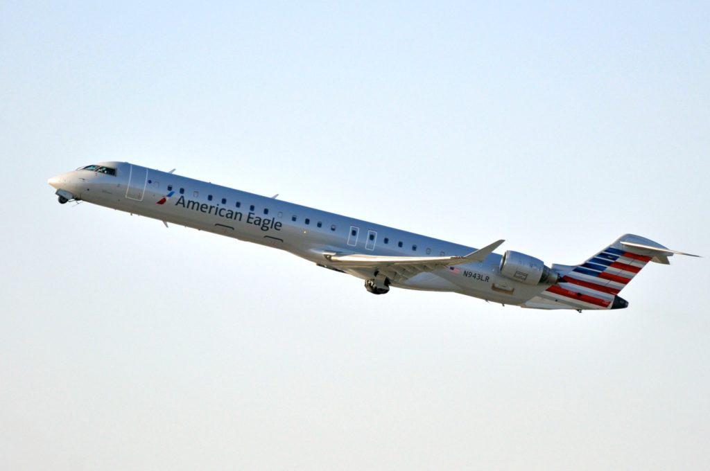 CRJ-900 «American Eagle» N943LR - MSN 15068