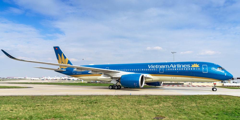 Un A350 de la Vietnam Airlines VN-A894 sur Orly.
