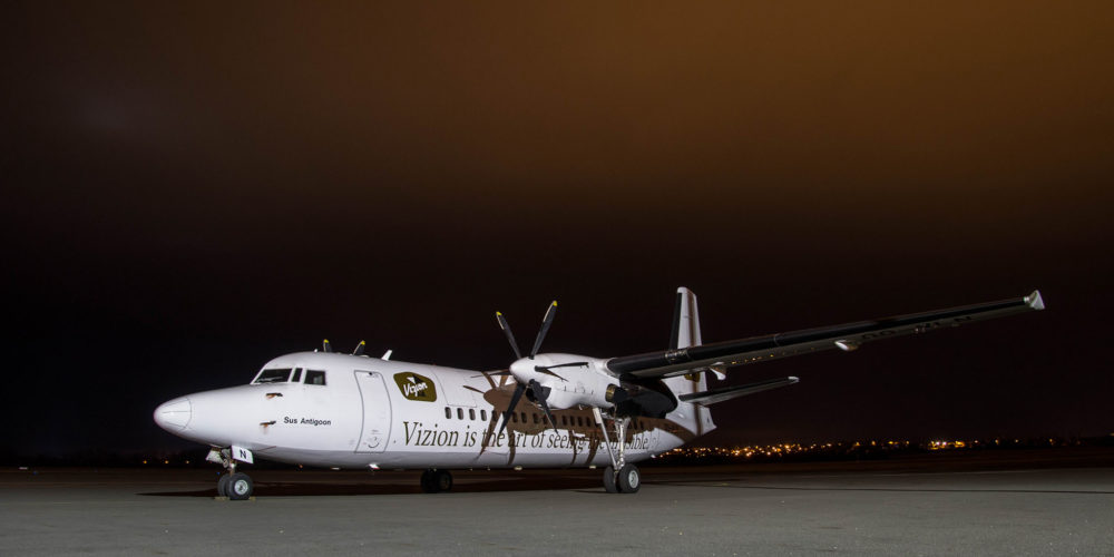 Le fokker 50 de la compagnie Vizion Air OO-VLN en escale nocture à Nevers