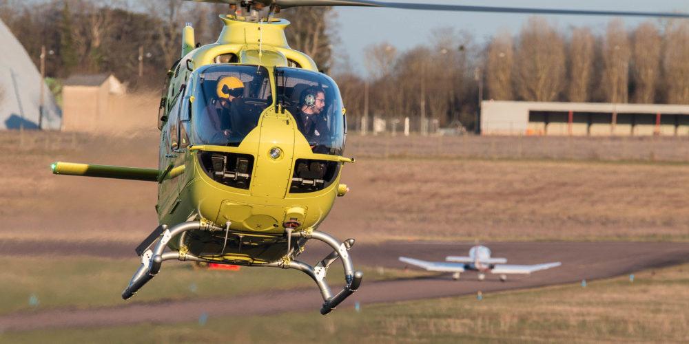 Ec135 F-HLNO du SAMU 71 pour ravitaillement à Nevers