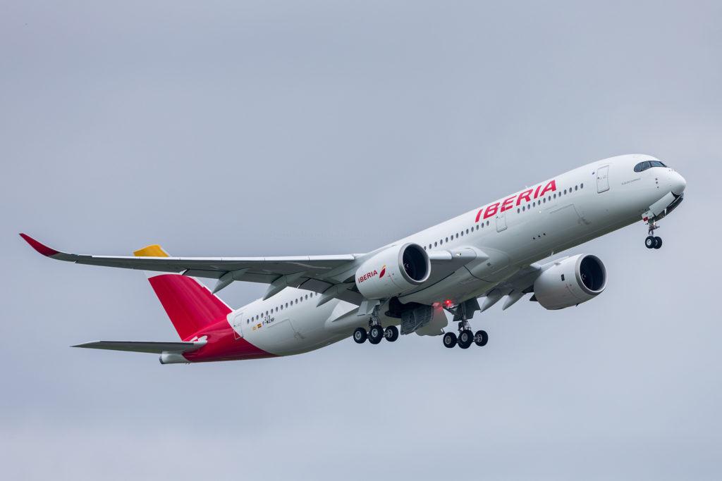1er décollage de l'Airbus A330-941 Iberia s/n 219 EC-MXV