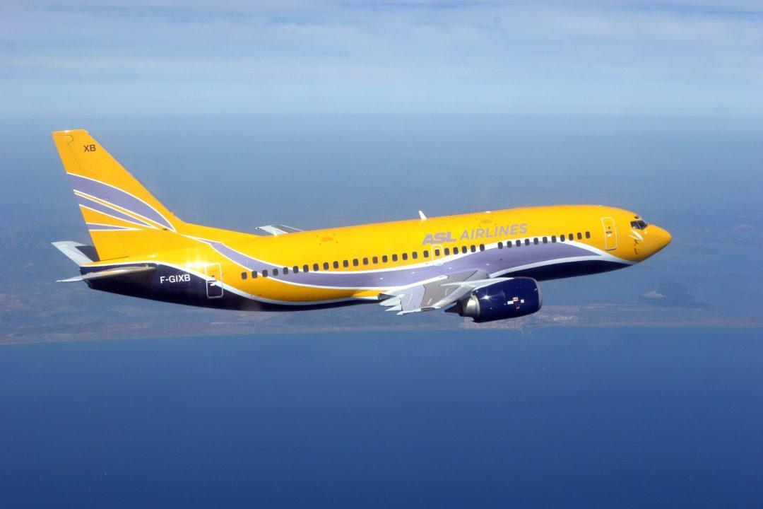Boeing 737-300 F-GIXB