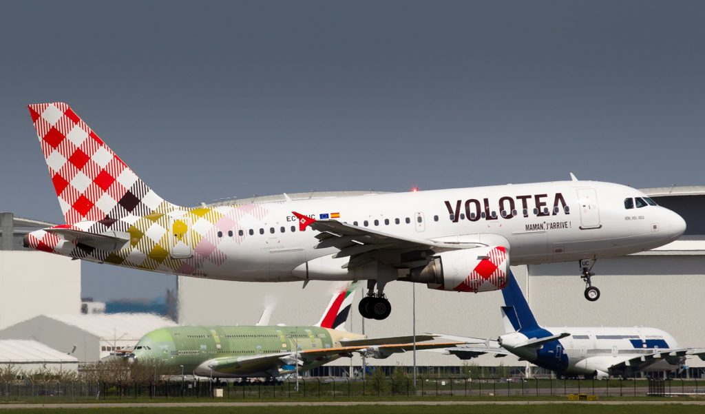 EC-MUC Volotea Airlines Airbus A319-100 msn 2122