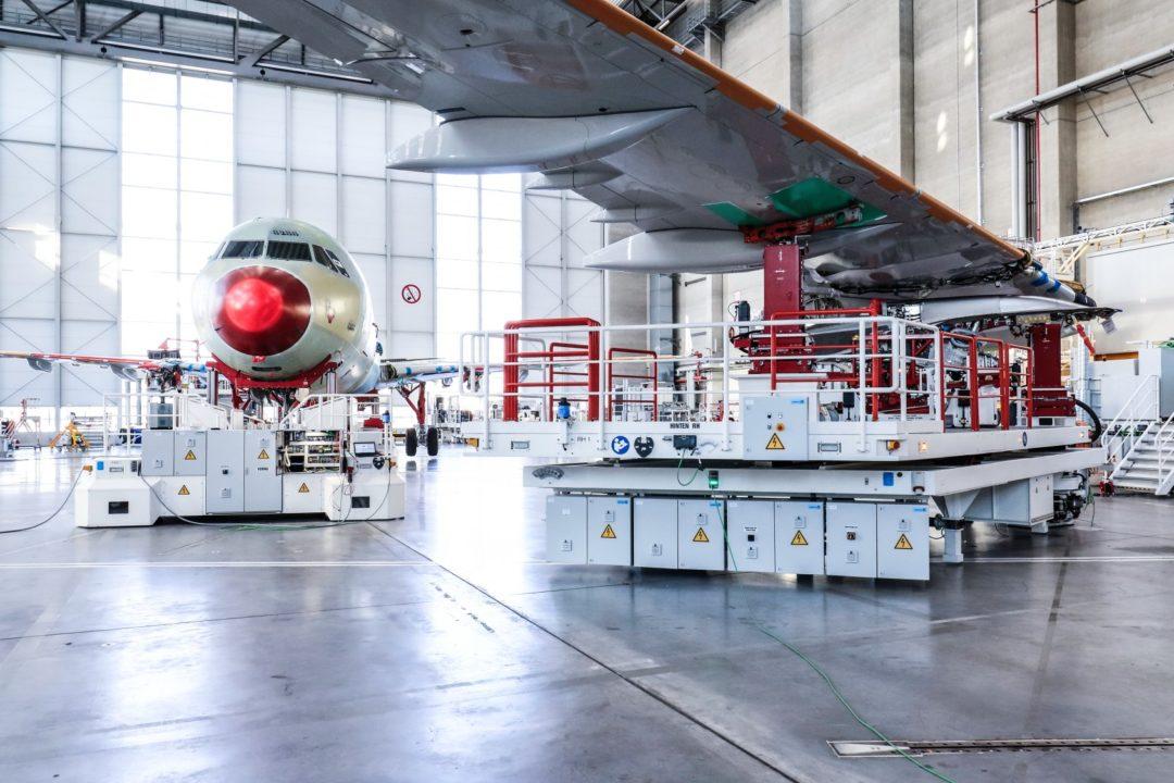 plates-formes d'outillage mobile pour les ailes et le fuselage