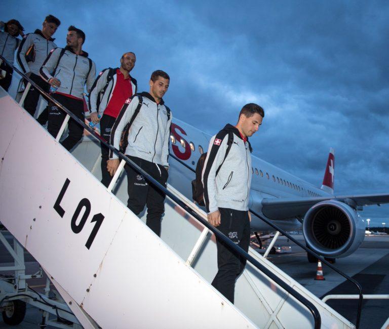 L'équipe de football suisse arrive en A321 à Samara