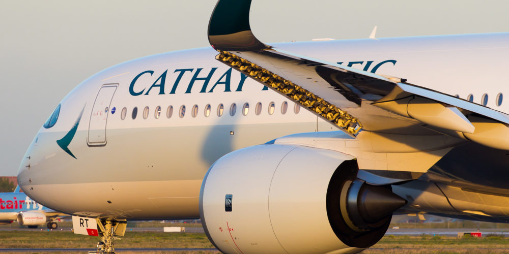 Cathay Pacific Airbus A350-941 cn 137 B-LRT