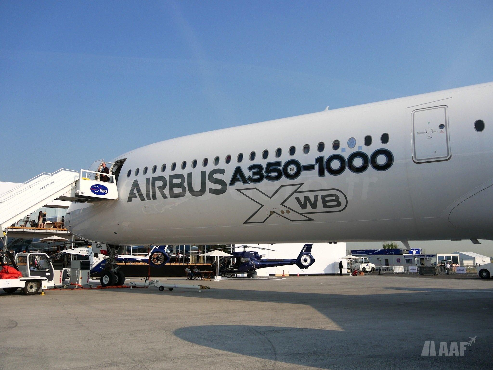 Airbus A350-1000 MSN065