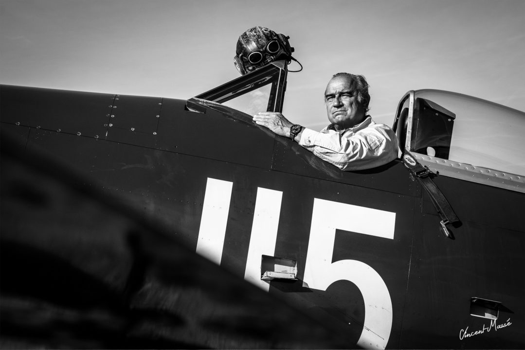 Christophe Jacquard dans son Hawker Sea Fury FB.11