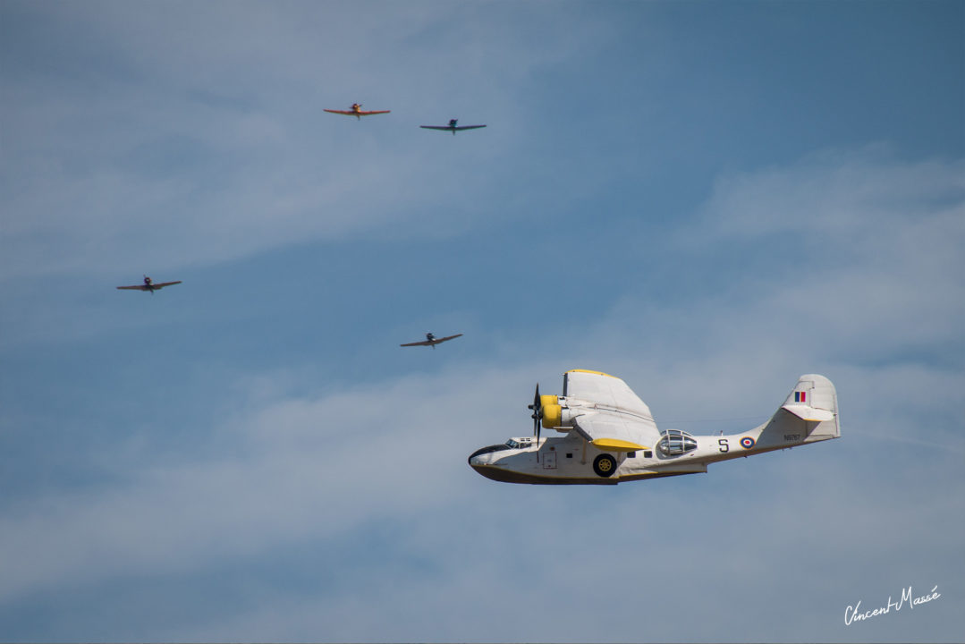 Consolidated PBY Catalina et 4 North Américan T6