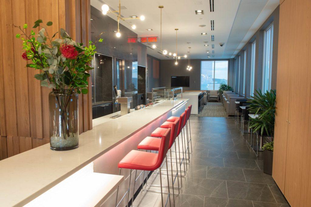 Air Canada dévoile un Nouveau salon Feuille d'Erable l'aéroport international John G. Diefenbaker de Saskatoon