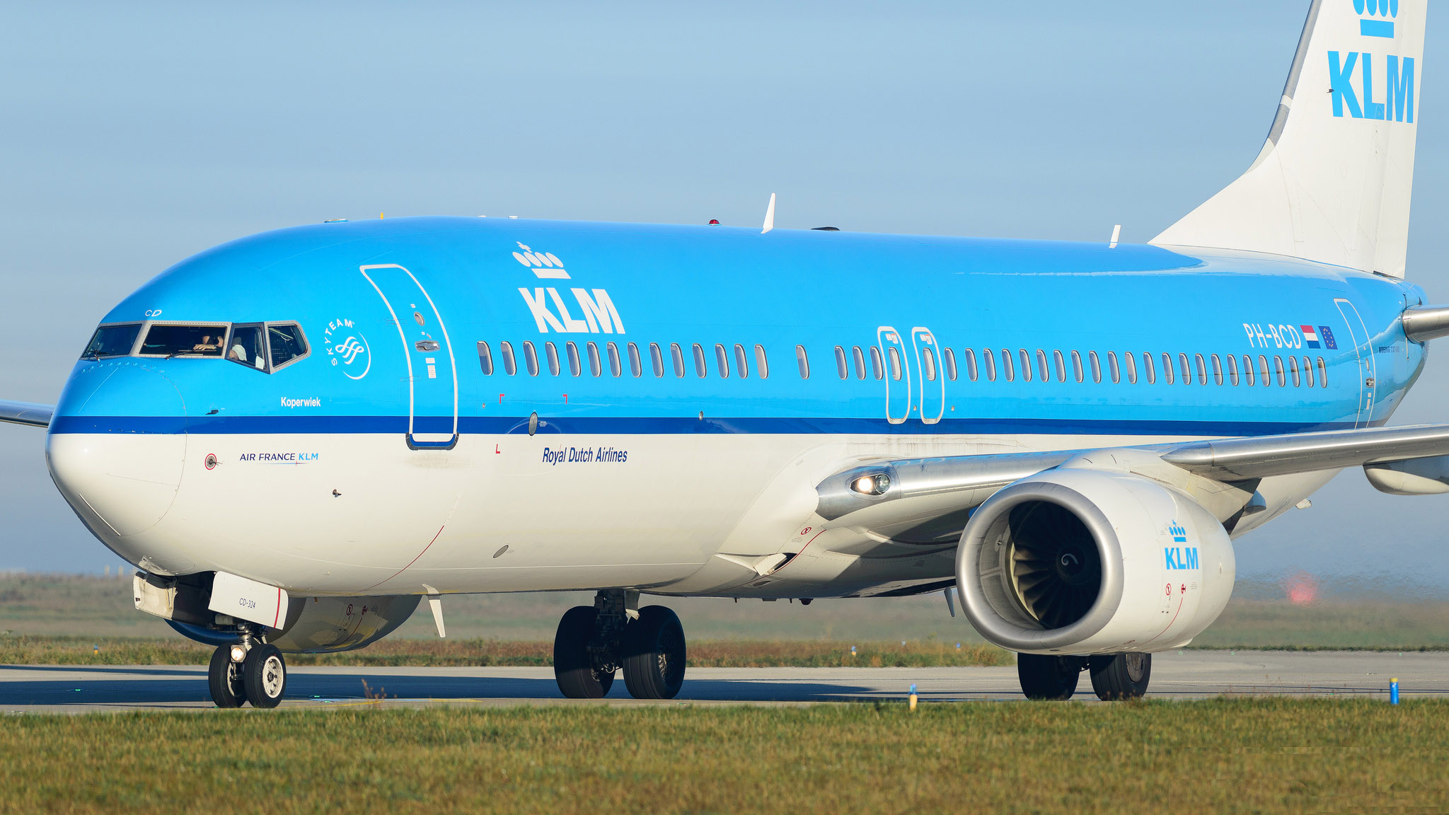 Boeing 737-8K2 KLM PH-BCD