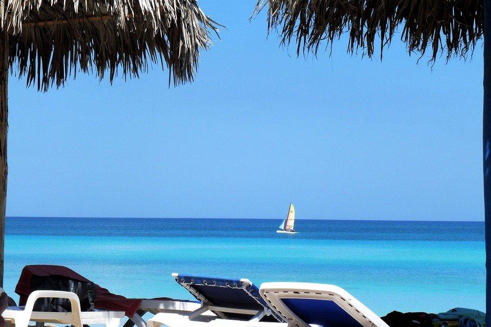 Farniente sur une plage de Cuba