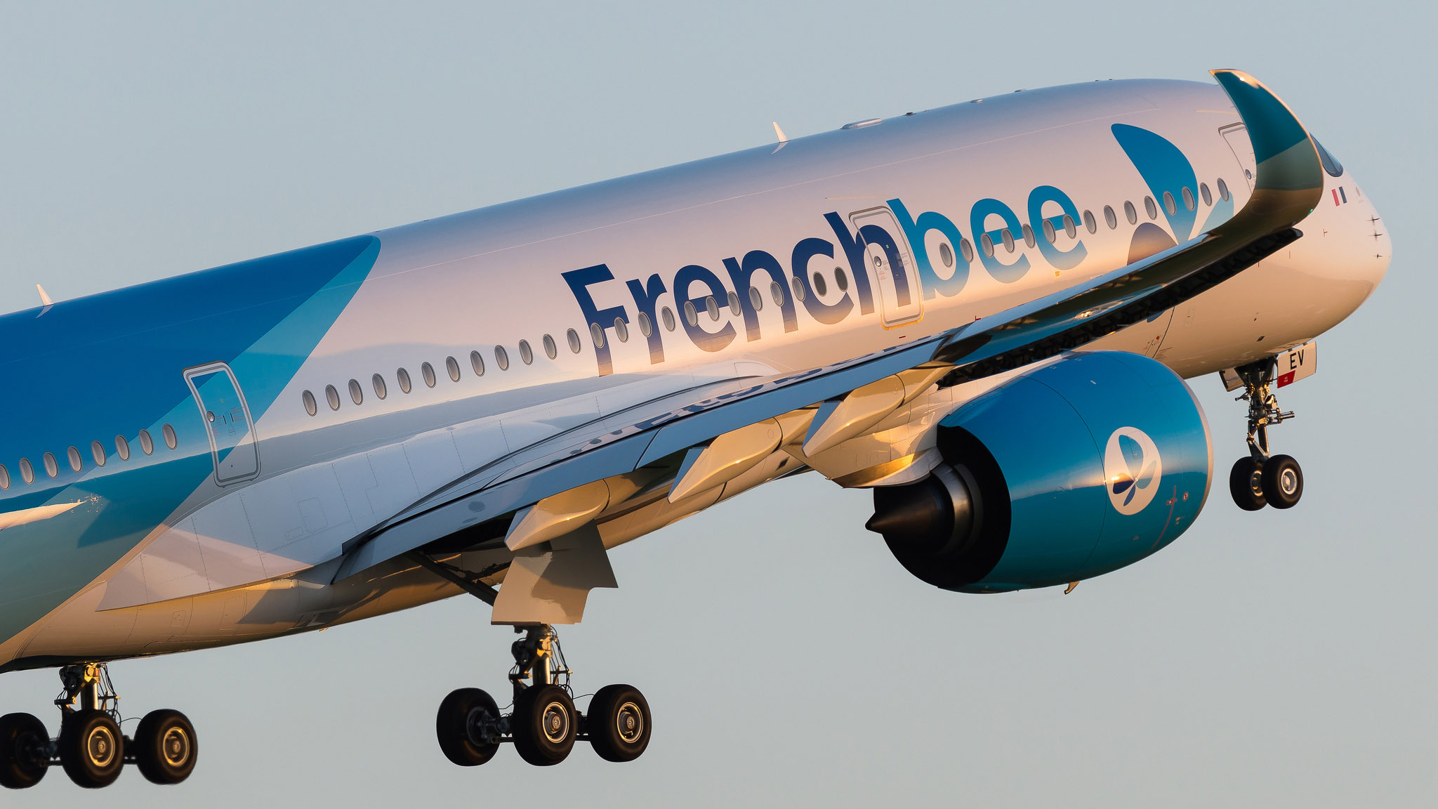 Airbus A350-941 French Bee F-HREV