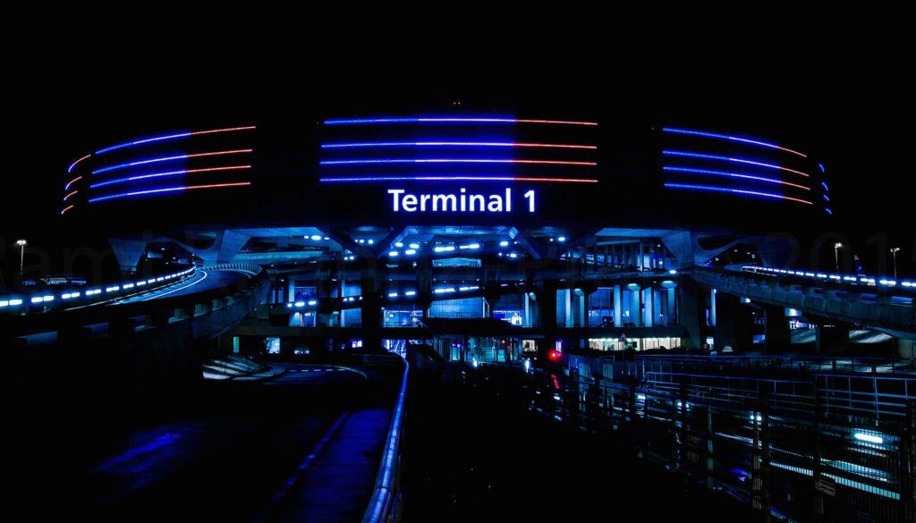 Terminal 1 Roissy de nuit