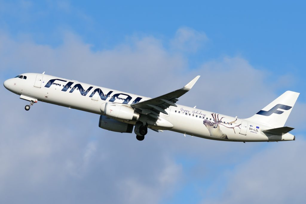 "Airbus A321 Finnair ""Happy Holidays"""