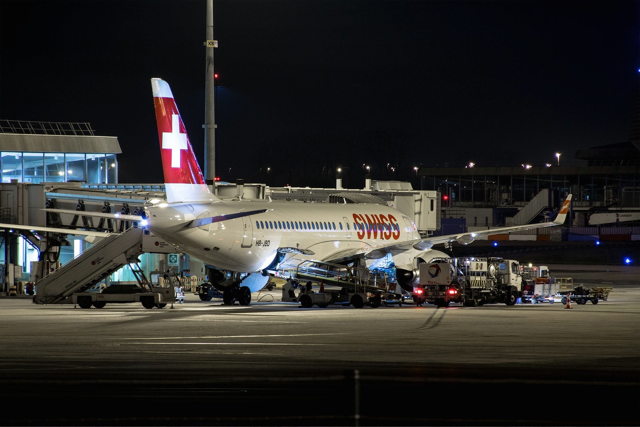 Bombardier CS100 /// Airbus A220-100 SWISS HB-JBD