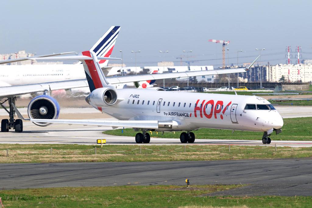 Bombardier CRJ700 HOP!