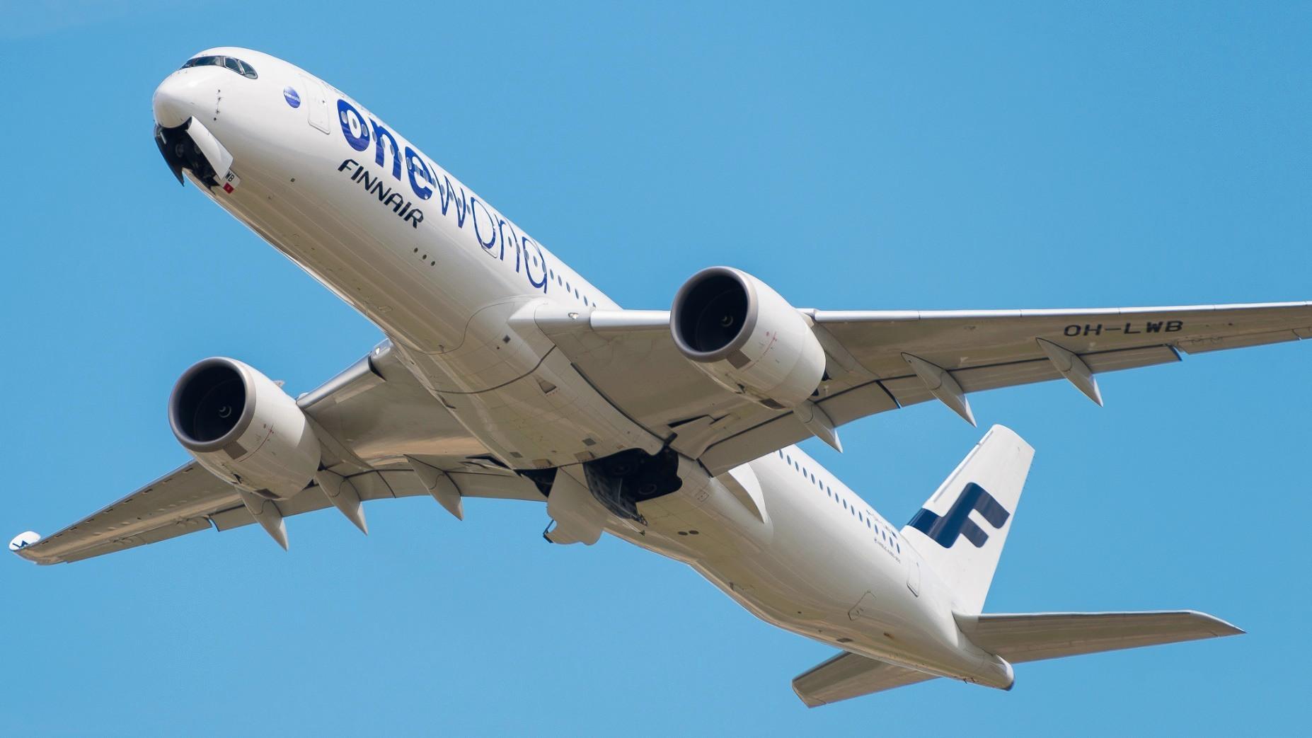 "Airbus A350-941 Finnair ""Oneworld Livery"" OH-LWB"