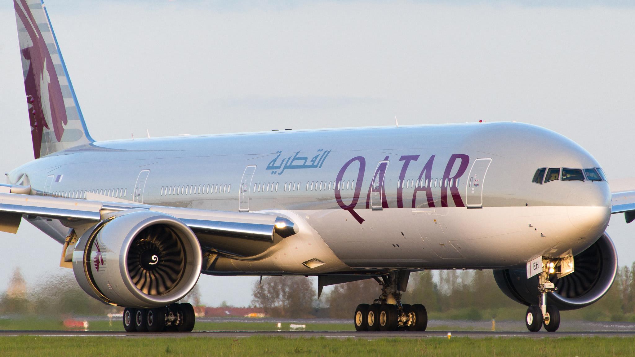 Boeing 777-300 ER Qatar Airways A7-BEH © JB Rouer - reproduction interdite