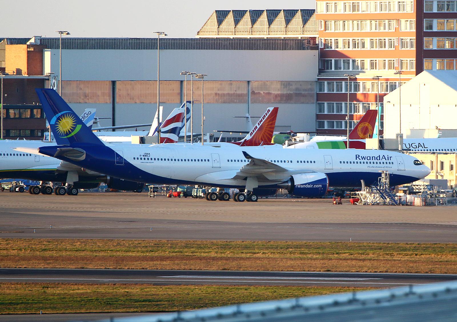 Airbus A330-941 Rwand Air s/n 1844 9XR-WS