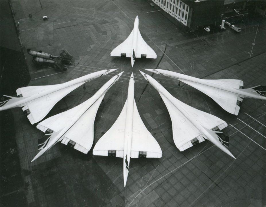 6 Concorde sur le tarmac