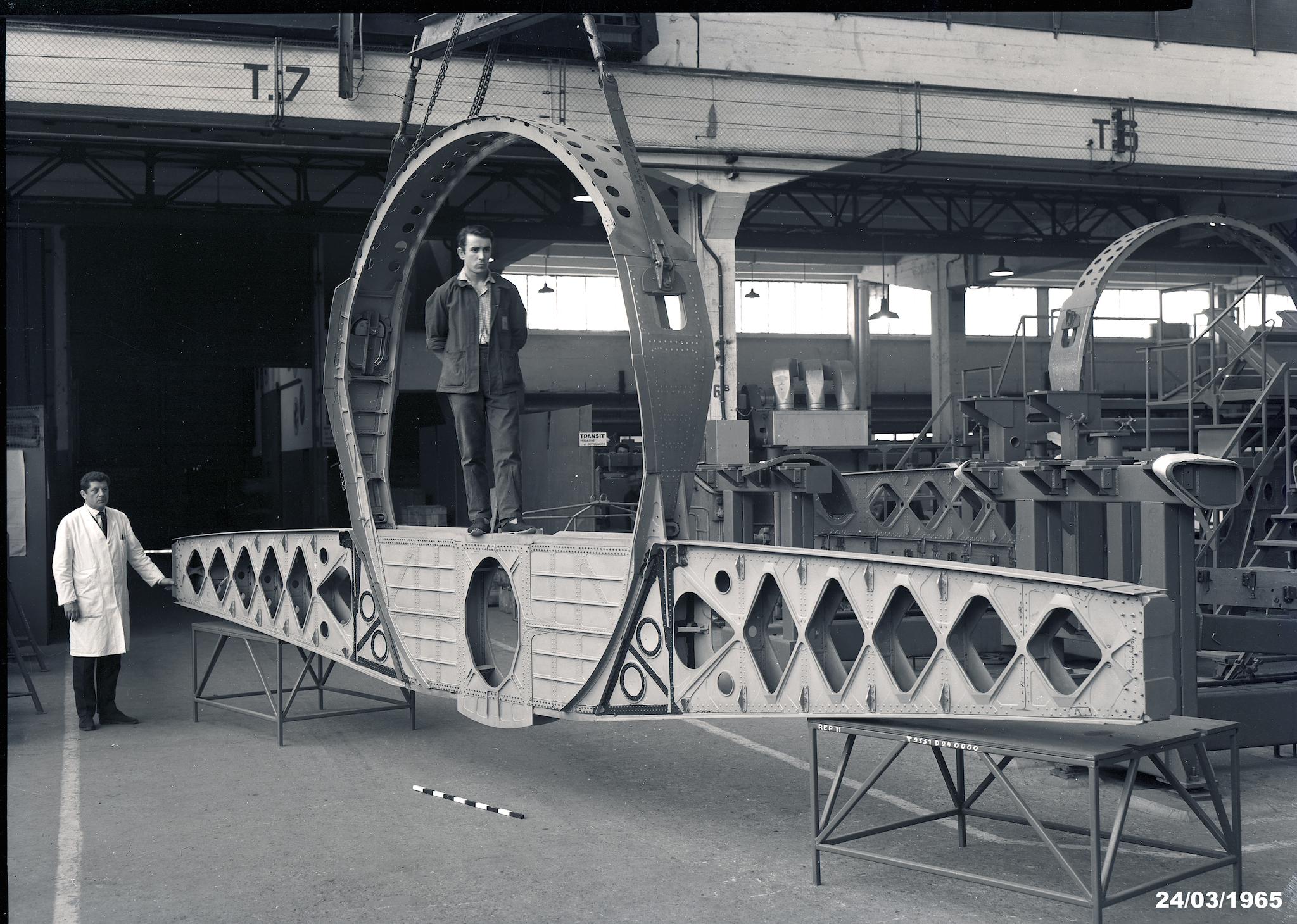 Cadre de fuselage et partie centrale de l'aile du Concorde à Toulouse