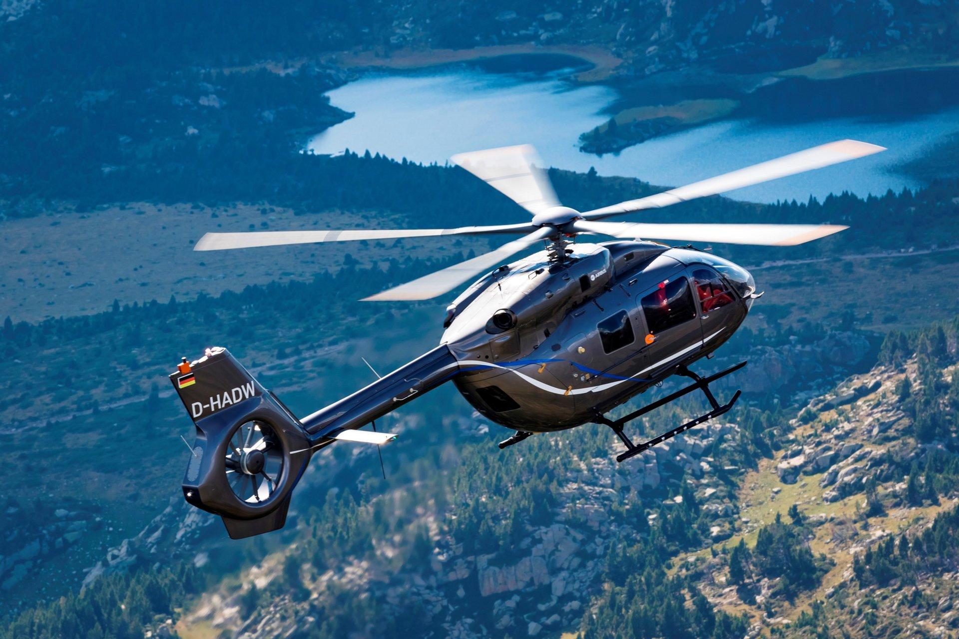 H145 équipé d'un rotor à 5 palles