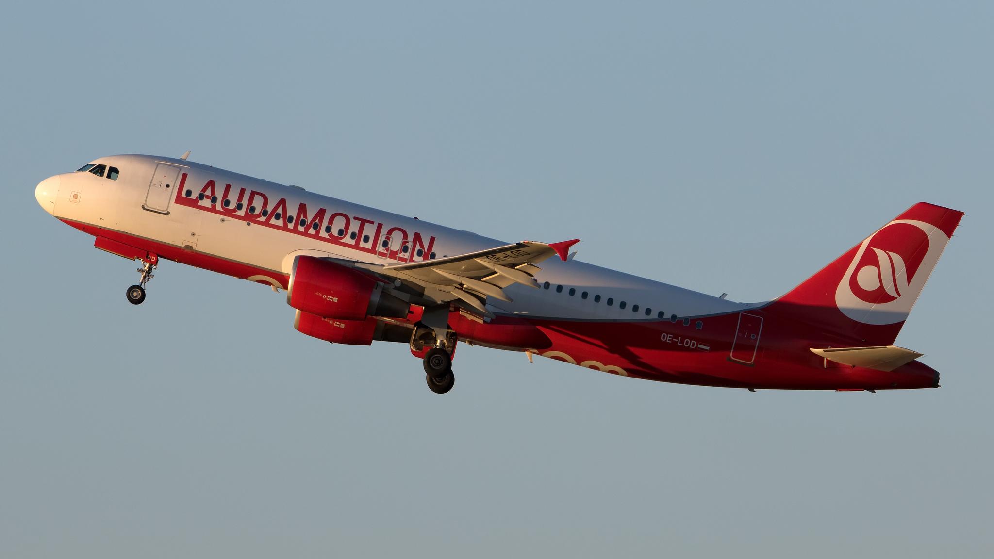 Laudamotion Airbus A320 OE-LOD
