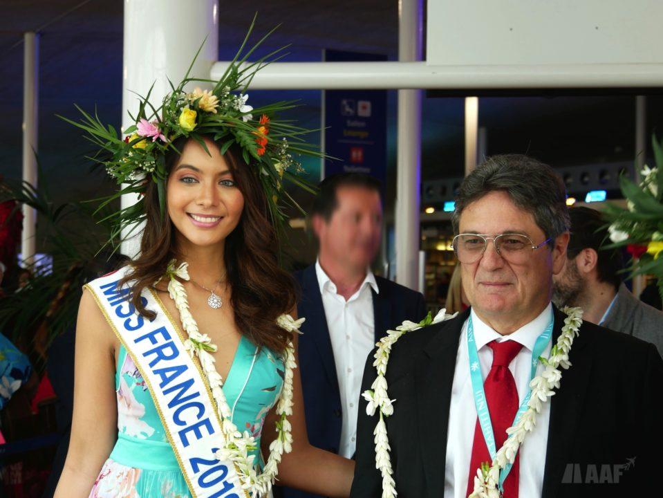 Miss France 2019 Vaimalama Chaves et Michel Monvoisin, PDG d'Air Tahiti Nui