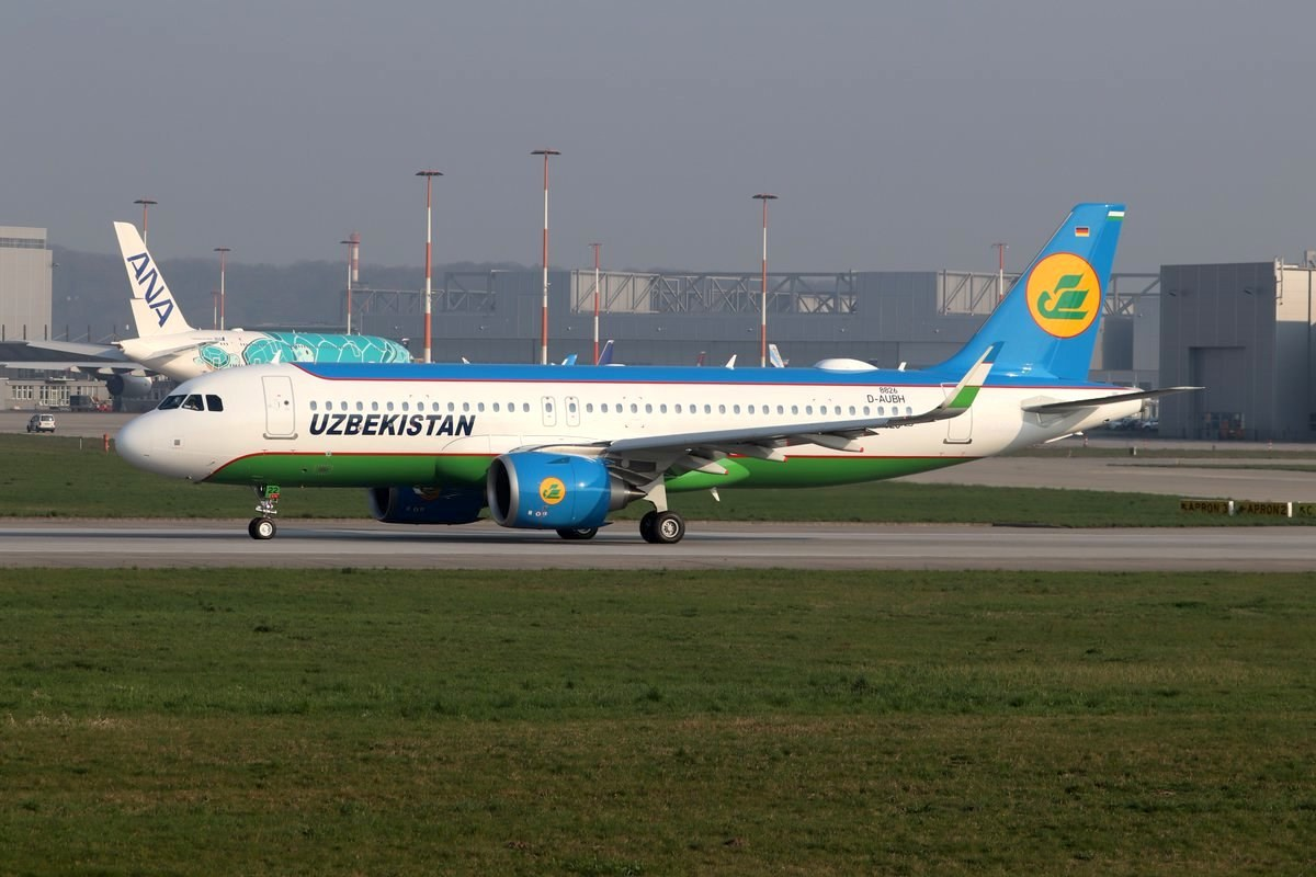 A320neo Uzbekistan Airways / UK-32022