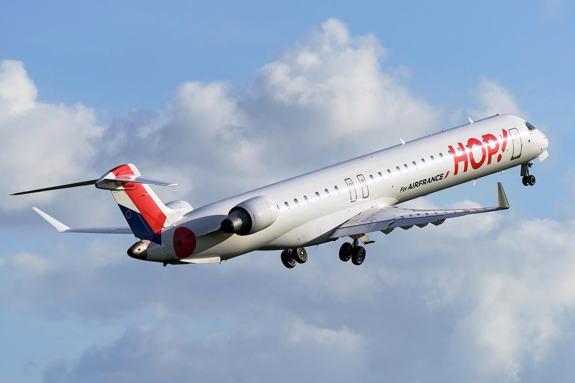 Bombardier CRJ1000 Air France HOP