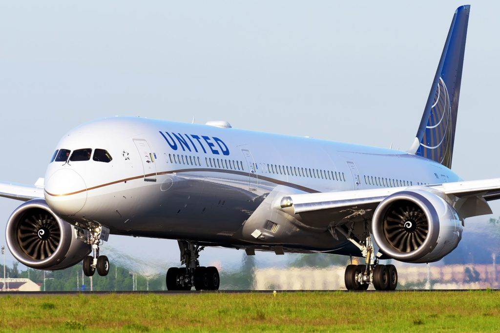 B787-10 United Airlines / N12006