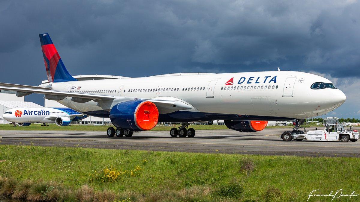 1er A330neo Delta MNS1915 [N401DZ / F-WWKF]