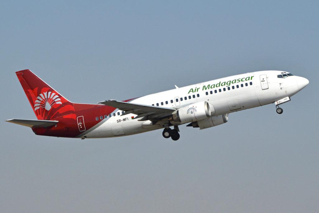 Boeing 737-3Q8 Air Madagascar / 5R-MFI