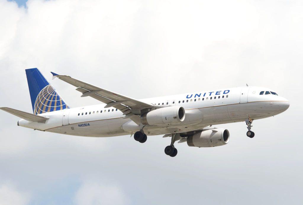 United A320 / N42UA