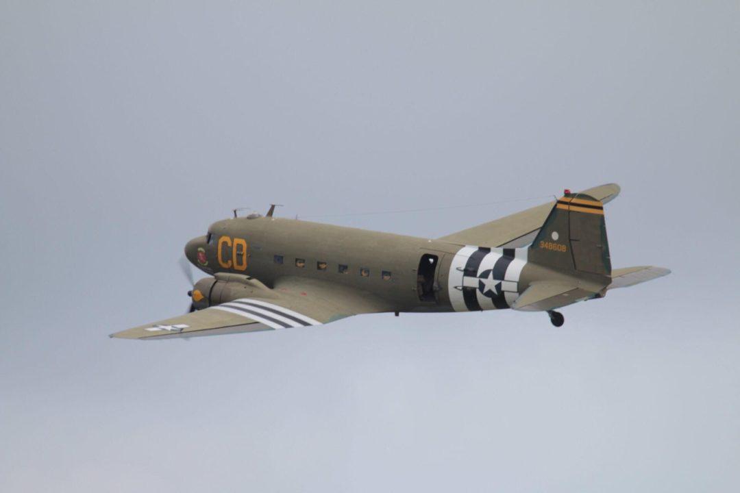 Douglas DC3 - Dakota