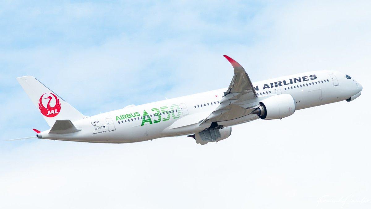 JAL A350-900 JA03XJ [MSN 343]