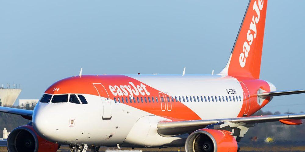 easyJet A319 G-EZIH