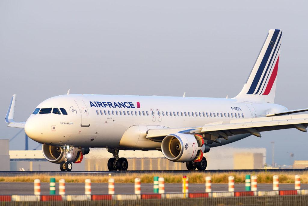 A320 Air France F-HEPK à l'atterrissage