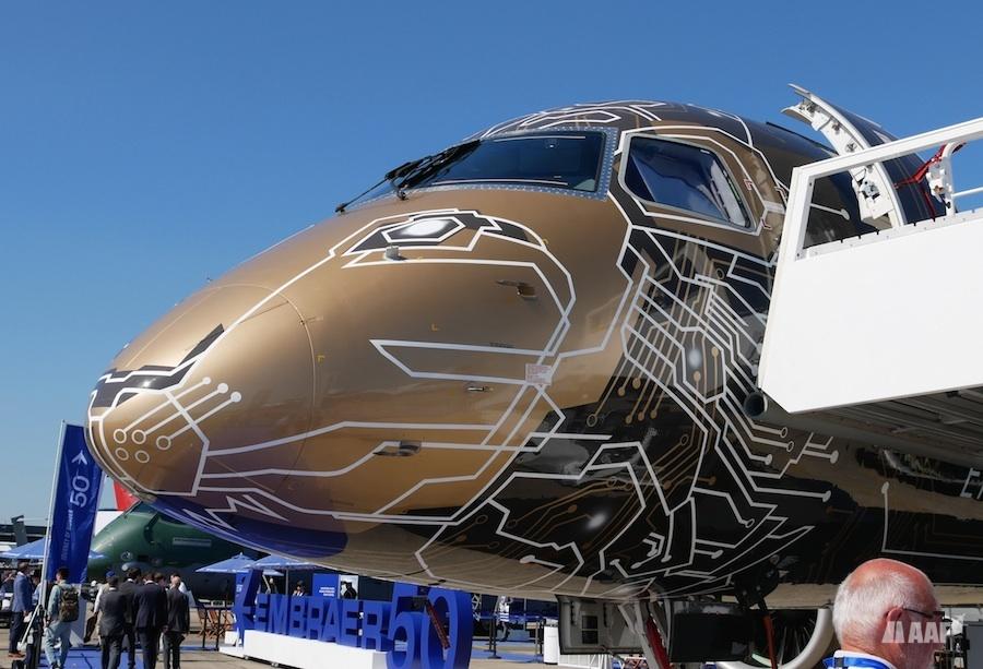 Embraer E195 E2 au Bourget 2019