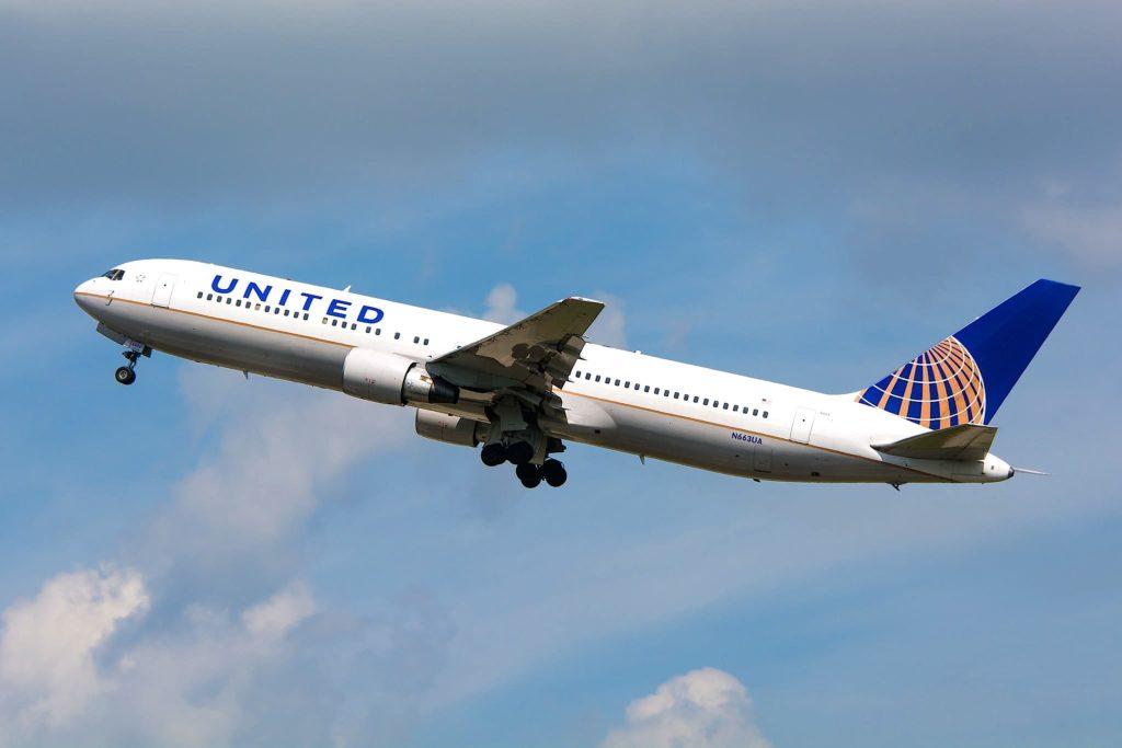 United B767-322ER N663UA