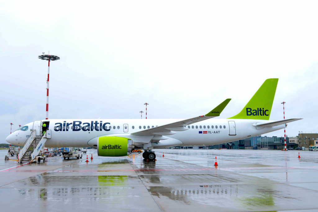 A220-300 airBalic YL-AAT