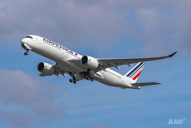 Le 1er A350 Air France s'envole de Toulouse vers Paris CDG © M.Majal pour AAF - reproduction interdite