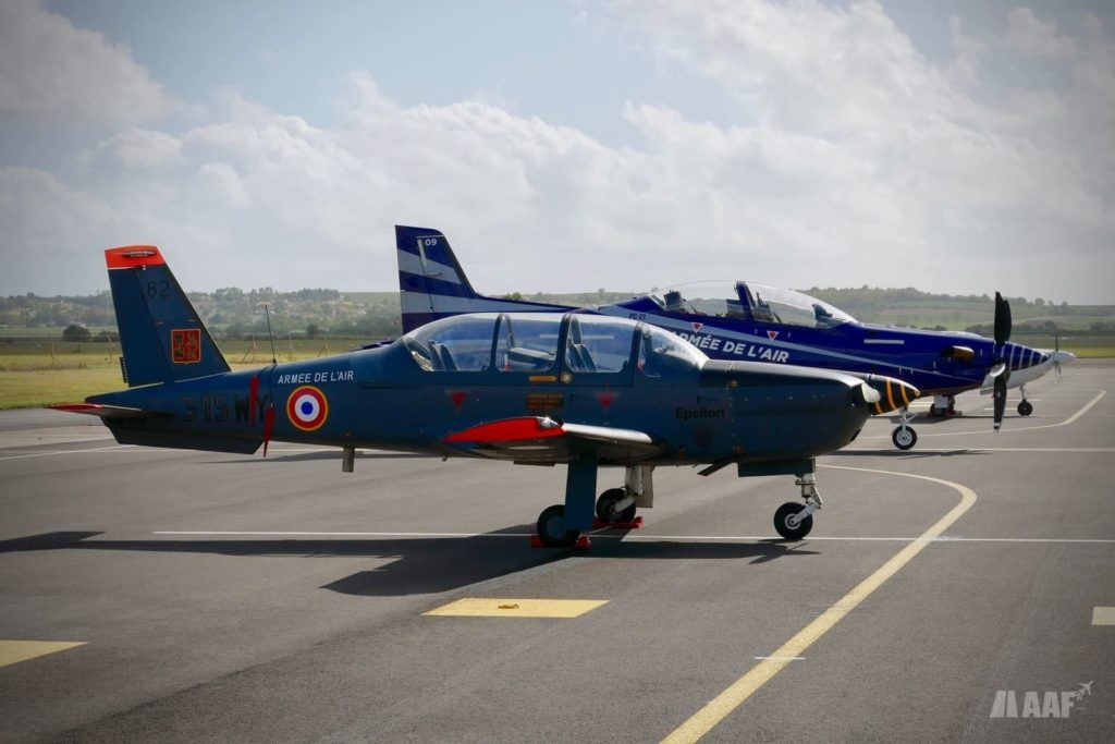 Socata TB-30 Epsilon et Pilatus PC-21 de l'Armée de l'Air