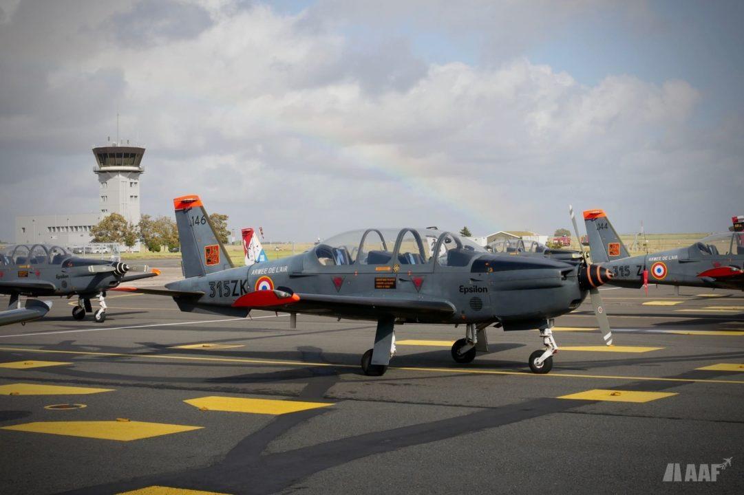 Patrouille de Socata TB-30 Epsilon de l'Armée de l'Air à Cognac