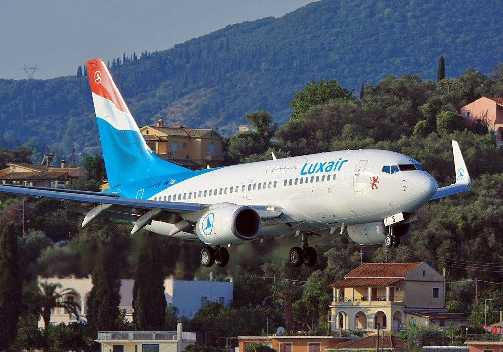 Boeing 737-700 Luxair LX-LGS