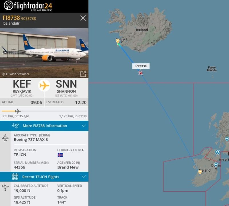 Icelandair Boeing 737 MAX