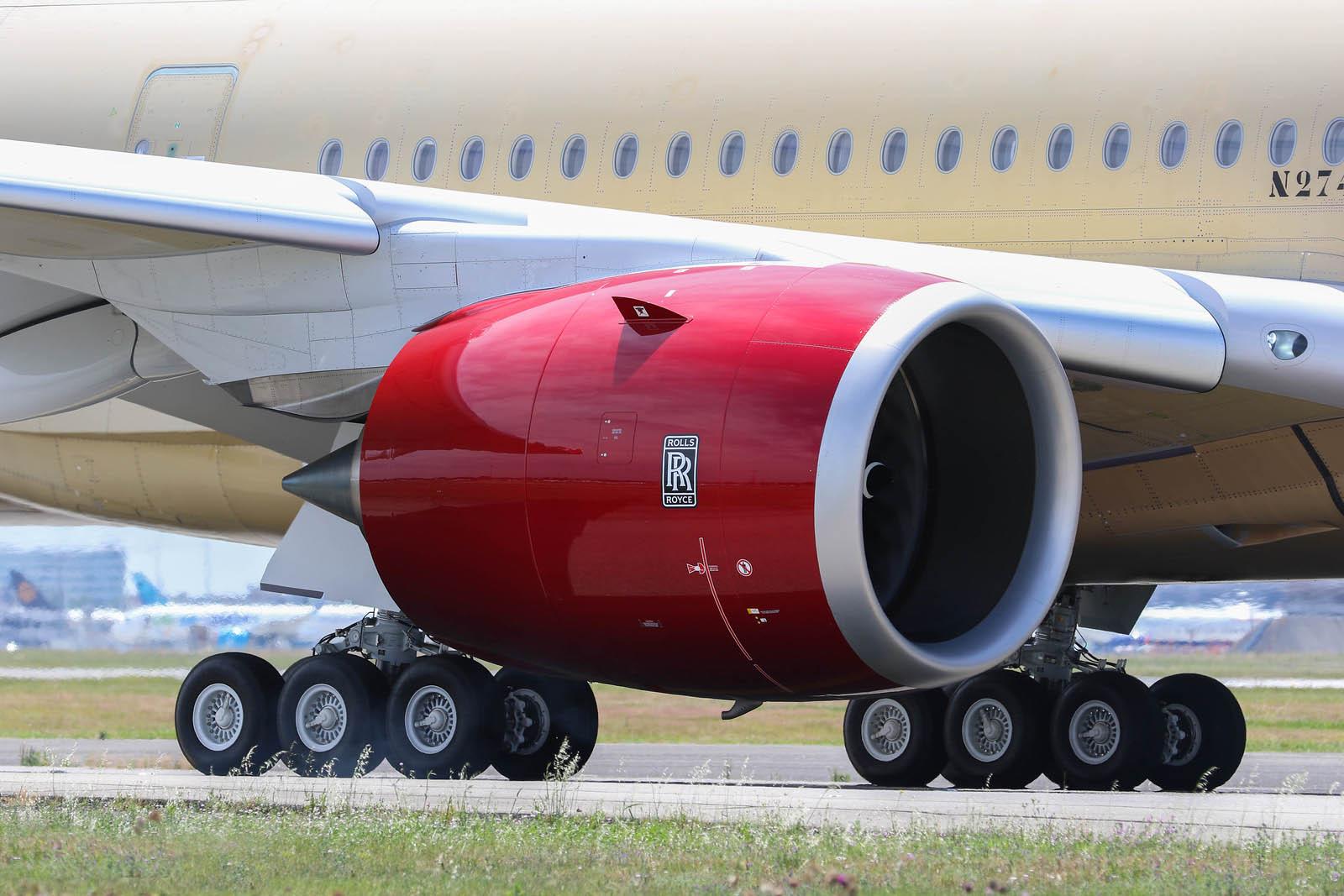 Moteur Rolls_Royce Trent XWB-97 sur l'un des A350K Virgin