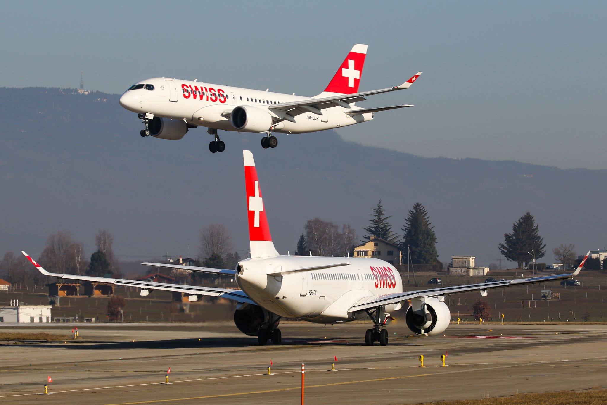 HB-JCN A220 Swiss